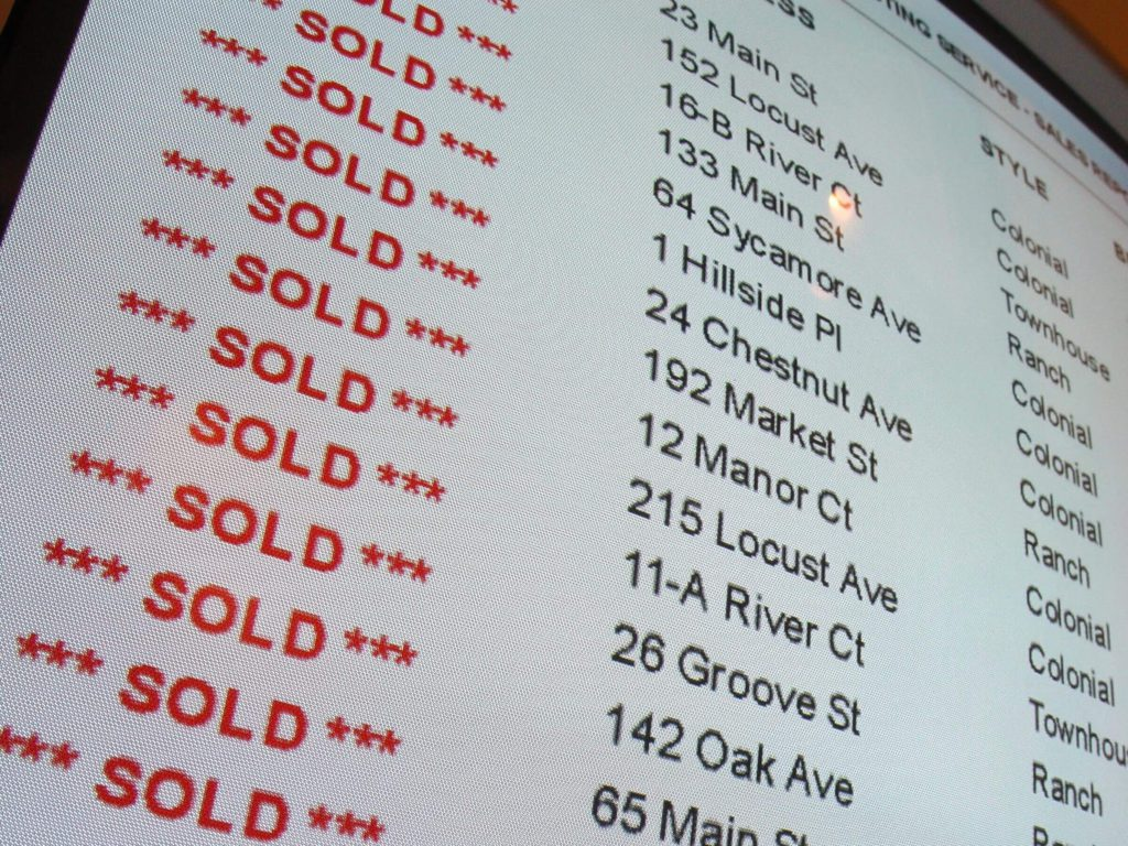 real estate listings on a computer screen